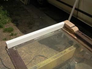 ausgetauschte-Holzteile-an-Kastendoppelfenster